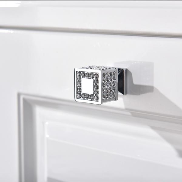 Square Kitchen Bedroom Wardrobe Cabinet Door Knob Handle with Swarovski Crystals